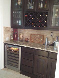 Butlers pantry Kitchen Redo, Kitchen Pantry, New Kitchen, Kitchen Remodel, Kitchen Design, Kitchen Pass, Kitchen Ideas, Dining Nook, Butler Pantry