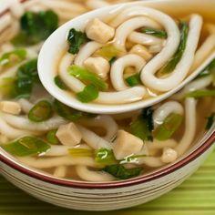 Découvrez ce qu'il faut savoir sur le miso ainsi que des idées pour ajouter cet aliment à vos menus de tous les jours.