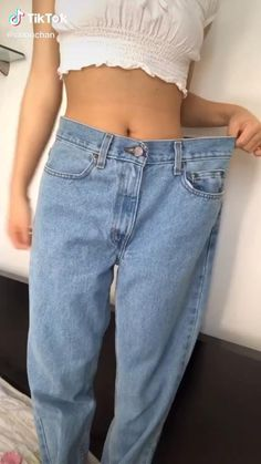 Diy Clothes And Shoes, Sewing Clothes, Diy Edgy Clothes, Women's Summer Clothes, Diy Clothes Jeans, Custom Clothes, Summer Outfits, Diy Fashion Hacks, Fashion Tips