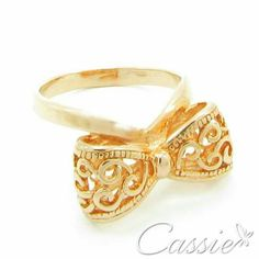 Anel Laço Rosê folheado a ouro rosê com garantia.   ▃▃▃▃▃▃▃▃▃▃▃▃▃▃▃▃▃▃▃▃▃▃▃▃ #Cassie #semijoias #acessórios #folheadoaouro #folheado #instasemijoias #instajoias #fashion #lookdodia #dourado #tendências #banhadoaouro #lindassemijoias #semijoia #semijoiasfinas #feminino #anel #anéis #anelfolheado #lindosanéis #aneldelaço