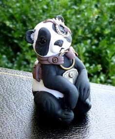 Polymer Clay Steampunk Panda Sculpture by MysticReflections Polymer Clay Creations, Polymer Clay Art, Clay Projects, Clay Crafts, Tatoo Steampunk, Polymer Clay Steampunk, Steampunk Animals, Clay Clay, Clay Dragon