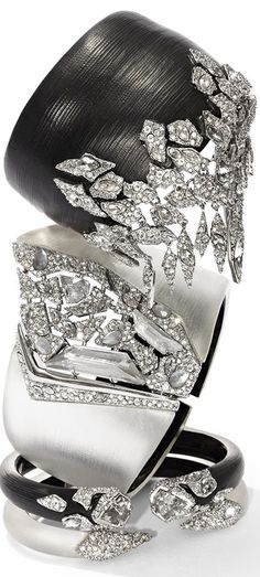 Rosamaria G Frangini   Black & Silver Desire   Black Jewellery   Color Fashion Glam   Jadranka   Alexis Bittar  