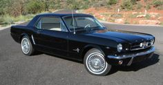 2 Door Coupe Classic Ford Mustang 1964 1/2 V8 Hardtop