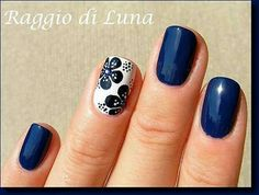 """If you're unfamiliar with nail trends and you hear the words """"coffin nails,"""" what comes to mind? It's not nails with coffins drawn on them. It's long nails with a square tip, and the look has. Nails Polish, Toe Nails, Coffin Nails, Fancy Nails, Trendy Nails, Dark Blue Nails, Blue Gel, Purple Nail, Gold Nail"""