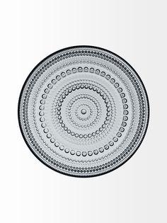 (Unica, Grey) - Iittala Kastehelmi - Teller - Ø 170 mm - Grau. Shipping Included for sale online Clear Plates, Side Plates, Small Plates, Appetizer Plates, Dinner Plates, Classic Dinnerware, Scandinavian Living, Nordic Design, Teller