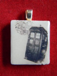 tardis scrabble tile pendant....i dont want a bunch of dr who related things...but this is amazing