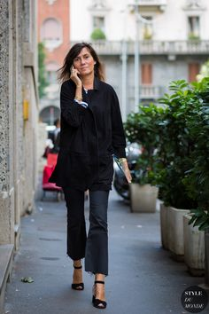 Emmanuelle Alt Street Style Street Fashion Streetsnaps by STYLEDUMONDE Street Style Fashion Photography