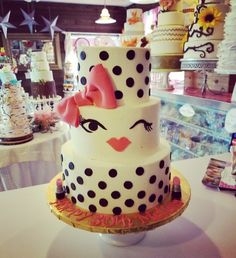 Marilyn monroe themed birthday cake#carinaedolce www.carinaedolce www.facebook.com/carinaedolce Adult Birthday Cakes, Themed Birthday Cakes, Diy Christmas Cards, Marilyn Monroe, Facebook, Desserts, Food, Birthday Cakes For Adults, Meal