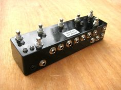 5CH Programmable True Bypass Guitar Effects Switcher Looper With Master Bypass - Five (5) Loops