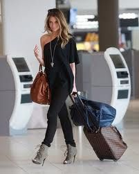 Perfect airport outfit! Class and comfort.