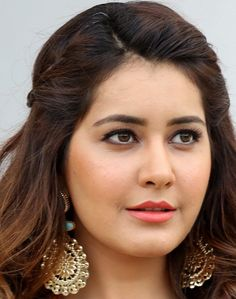 Telugu actress rashi khanna face close up photos gallery kiss without makeup, indian girls, Beautiful Girl Indian, Most Beautiful Indian Actress, Beautiful Actresses, South Actress, South Indian Actress, Beautiful Heroine, Curvy Girl Lingerie, Dress Hairstyles, Indian Hairstyles