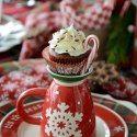 Hot Chocolate Cupcakes Quick and easy cupcakes for the busy holiday season, served with candy cane handles! Nigella Christmas, Christmas Tea, Christmas China, Christmas Foods, Southern Christmas, Christmas Dishes, Christmas Breakfast, Christmas Kitchen, Christmas Vacation