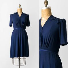 1940s Rayon Crepe Dress / 40s Navy Blue Gathered Dress / Size