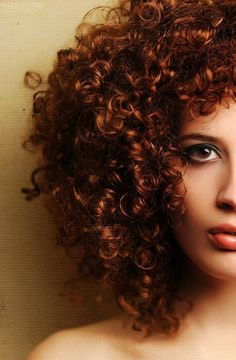 Kinky Curls// Short Hair // Auburn Hair // Hairstyles