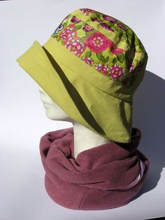Cappello anti pioggia impermeabile giallo senape e design floreale : Cappelli…