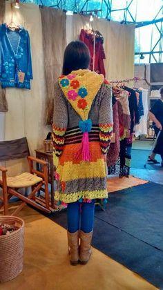 Crochet Hood, Pull Crochet, Gilet Crochet, Crochet Jumper, Crochet Jacket, Freeform Crochet, Sweater Knitting Patterns, Crochet Patterns, Estilo Hippie