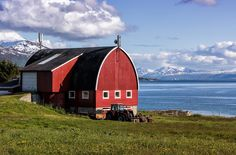 A big red barn on Norway's fifth largest island, Kvaløya. Big Red Barn, Picture Stand, Tromso, Some Pictures, Outdoor Gear, Tent, Barns, Cabin, House Styles