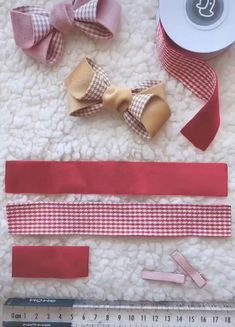 CLICK THE IMAGE and learn how to make bows and tiaras for baby and children. Here's how to make money from baby bows. Making Hair Bows, Diy Hair Bows, Diy Bow, Diy Ribbon, Ribbon Crafts, Ribbon Bows, Paper Crafts, Diy Hair Accessories, Ribbon Embroidery