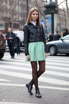 i have been wanting a leather jacket like this recently but didn't know how to pull it off. i will copy this all f/w 2012