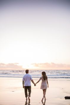 Engagement Photos engagement picture, photo of ocean, sunset photoshoot, san diego, california khaki pants white shirt pink dress beach picture Photos Couple Plage, Couple Beach Pictures, Couple On The Beach, Beach Family Photos, Couples Beach Photography, Photography Poses, Beach Poses For Couples, Wedding Photography, Photo Couple