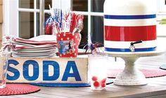 Patriotic table ideas #party #vintage