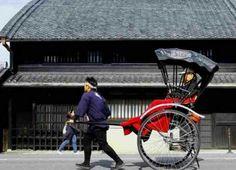 : 古都にお似合いな風景 :  #日本 #japan #奈良 #古都 #人力車 #東大寺近く #歴史を教えてもらえる #友達こんな家に住んでる #冬は寒いけど夏涼しい #日本の家 (by pichikochan21)