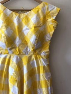 yellow and white checked princess cut padded frock with 43 inches height Kurta Designs, Blouse Designs, Dress Designs, Frock Dress, Dress Up, Chudithar Neck Designs, Function Dresses, Custom Dresses, Trendy Dresses