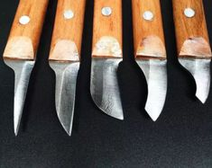 This listing is for a wood carving knife. Usage : General use Size : (shown as picture) Blade cutters hardness HRC Item will be shipped within 7 days after purchase by Air Mail using Hong Kong Post. Small Woodworking Projects, Woodworking Chisels, Custom Woodworking, Woodworking Crafts, Used Woodworking Tools, Welding Projects, Woodworking Bench, Wood Projects, Bushcraft