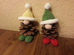 Ravelry: Christmas Pine Gnomes / Zapfenwichtel pattern by Tanja Miller