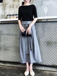 Doresuwe レディースファッションセットアップ 五分袖ブラウス 無地Tシャツ マキシスカートストライプ 通勤 ビジネス コーデ