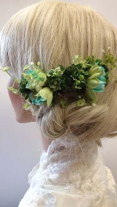 Haarschmuck & Kopfputz - Romantischer Haarkamm für die Braut in Grün - ein Designerstück von alw-design bei DaWanda