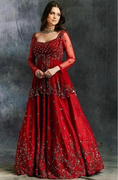 I bet all of you at some point of time have wondered what is Priyanka Chopra Sabyasachi Lehenga Cost? Well, in this post, I tell you exactly that. Red Wedding Lehenga, Wedding Lehenga Designs, Designer Bridal Lehenga, Bridal Lehenga Choli, Sabyasachi Lehenga Cost, Red Lehenga, Indian Lehenga, Anarkali, Indian Bridal Outfits