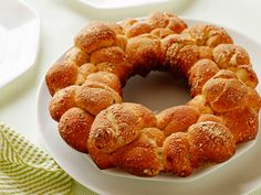 Get this all-star, easy-to-follow Quick Herb and Cheese Monkey Bread recipe from Food Network Kitchen.