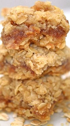 Oatmeal bars with apple butter filling are the perfect fall dessert and a perfect use for apple butter! Oatmeal bars with apple butter filling are the perfect fall dessert and a perfect use for apple butter! Apple Recipes, Sweet Recipes, Baking Recipes, Cookie Recipes, Fig Recipes, Apple Dessert Recipes, Detox Recipes, Vegetarian Recipes, Just Desserts