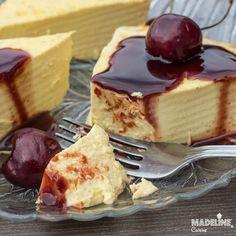Crema de zahar ars cu mascarpone / Mascarpone egg custard - Madeline.ro Romanian Desserts, Romanian Food, Romanian Recipes, Easter Pie, Something Sweet, Cheese Recipes, Custard, Toffee, Gluten Free Recipes