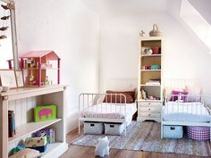 Home Decoration Ideas and Design Architecture. DIY and Crafts for your home renovation projects. Toddler And Baby Room, Toddler Rooms, Sibling Room, House Decoration Items, Kids Bedroom, Bedroom Decor, Ideas Habitaciones, Daughters Room, Kid Spaces