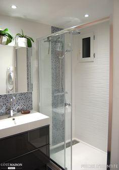 Salle de bain N&B et color touch - Bathroom Ideas Bathroom Renos, Bathroom Renovations, Bathroom Interior, Small Bathroom, Bad Inspiration, Bathroom Inspiration, Contemporary Bathrooms, Contemporary Decor, Outdoor Kitchen Design