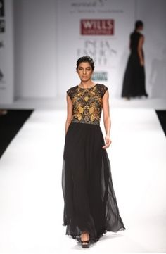 Mynah Reynu Tandon A/W Collection 2013 – Simple in the Winters