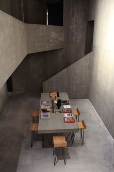 Image 9 of 16 from gallery of espacioSOLO / estudio Herreros. Photograph by Javier Callejas Concrete Architecture, Residential Architecture, Interior Architecture, Exterior Design, Interior And Exterior, Interior Styling, Interior Decorating, Interior Photography, Industrial House