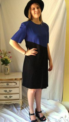 1980's Black and Blue Shift Dress by Impulsive by VictoireVintage