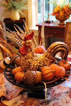 88 Adorable Farmhouse Fall Decor Ideas for Kitchen - Fall Arrangements, Autumn Decorating, Decorating Ideas, Galo, Fall Table, Thanksgiving Decorations, Thanksgiving Table, Fall Harvest Decorations, Happy Fall