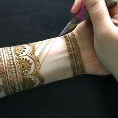 beautiful mehndi designs for hands Modern Henna Designs, Latest Bridal Mehndi Designs, Indian Mehndi Designs, Full Hand Mehndi Designs, Henna Art Designs, Stylish Mehndi Designs, Mehndi Designs For Beginners, Mehndi Designs For Girls, Wedding Mehndi Designs