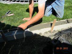 New Ideas Landscaping Edging Diy Concrete Garden Concrete Curbing, Concrete Path, Concrete Garden, Diy Concrete, Concrete Landscape Edging, Brick Garden Edging, Lawn Edging, Landscape Borders, Landscape Design
