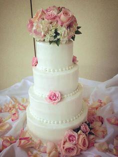 blush, rose, classic wedding cake
