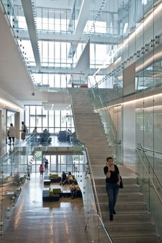 Gallery of Miami Dade College Academic Support Center / Perkins+Will - 7