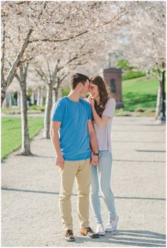Utah Engagement Session at The Utah State Capitol Building // www.nataliefeltphotography.com