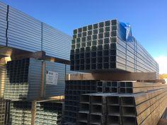 •W E R B U N G•   Ständerwerk ist Metallunterkonstruktion für Wand und Decke.   Mit ihm lassen sich z.B. Trennwände oder Decken einfach und kostengünstig realisieren.   Die Metallprofile bilden das stabile Rückgrat für alle Arten von Trockenbauplatten.    #ständerwerk  #trockenbau   #renovation   #renovierung   #trockenbauer   #handwerker   #selbstistdiefrau💪  #selbstistdermann💪  #machteseuchschön   #lagerware   #sortiment   #ramrath  #ramrathholz   #mitbesterberatung  #seit65jahren Skyscraper, Multi Story Building, Refurbishment, Ceilings, Simple, Timber Wood, Skyscrapers