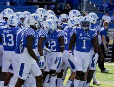 (6) Twitter University Of Kentucky Football, Kentucky Sports, Uk Football, Kentucky Basketball, Kentucky Wildcats, College Football, Football Helmets, Wildcats Basketball, Go Big Blue