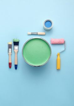 ♡ Art Direction : Painting tools set up as a place setting. Art direction by Lina Brunzell/Lowe Brindfors. Set design by Mattias Nyhlin/Lundlund. Photo by Philip Karlberg. Still Life Photography, Creative Photography, Art Photography, Product Photography, Ode An Die Freude, Trends 2016, Things Organized Neatly, Pastel Colors, Paint Colors