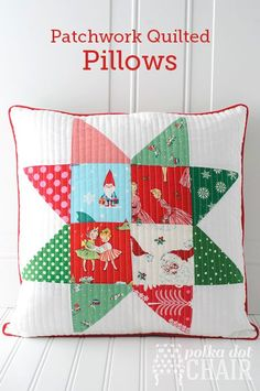 """Tutorial for Christmas Patchwork """"Star Block"""" Pillows made from """"vintage"""" Christmas fabrics"""